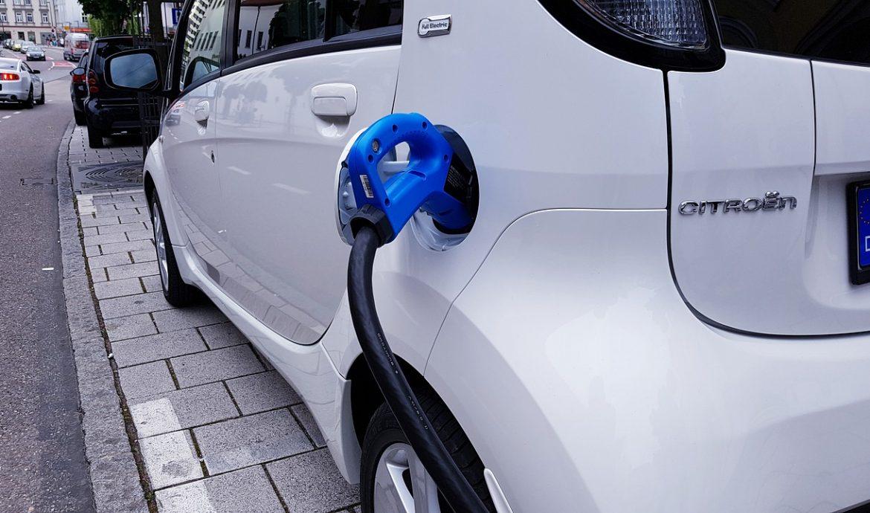 stacje ładowania samochodów elektrycznych