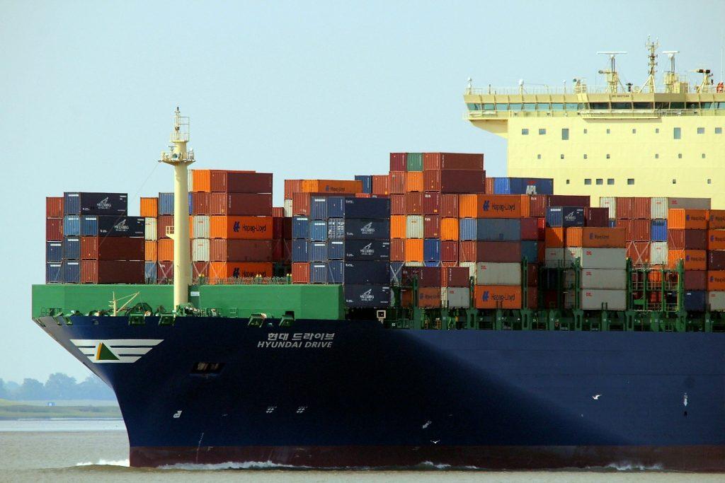 Usługi logistyczne - jakie kontenery mamy do wyboru